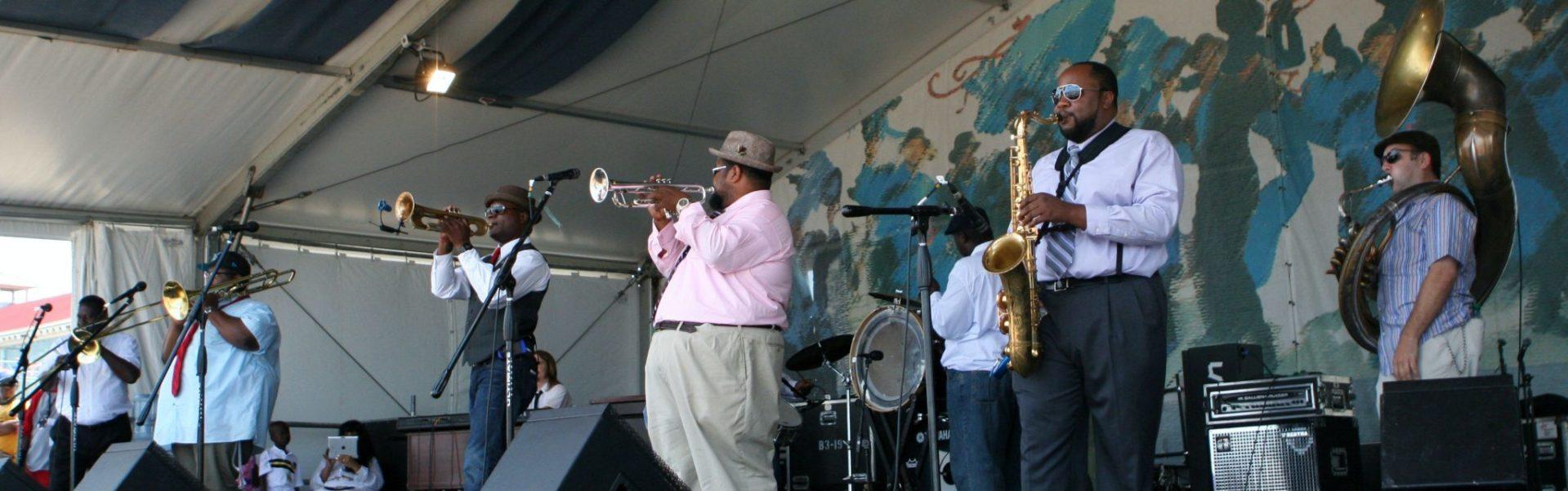 Bezoek het New Orleans Jazz and Heritage Festival